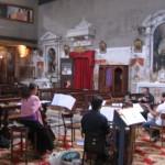 Musicisti all'interno della Chiesa di Ognissanti-Venezia