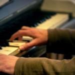 Gabriel Keen (piano)